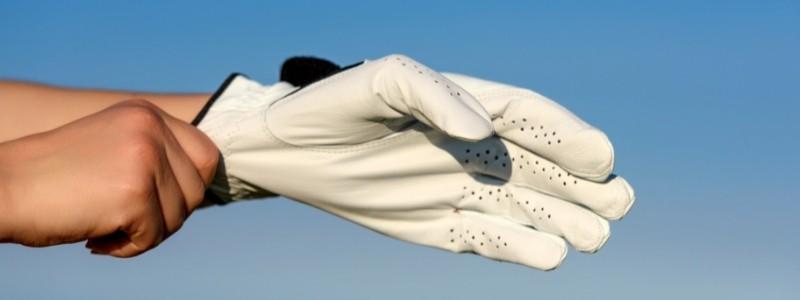 How To Keep Golf Gloves Fresh